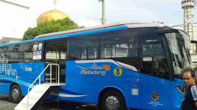 bus-angkutan-massal-trans-mebidang-medan-binjai-deliserdang_20151105_153853.jpg