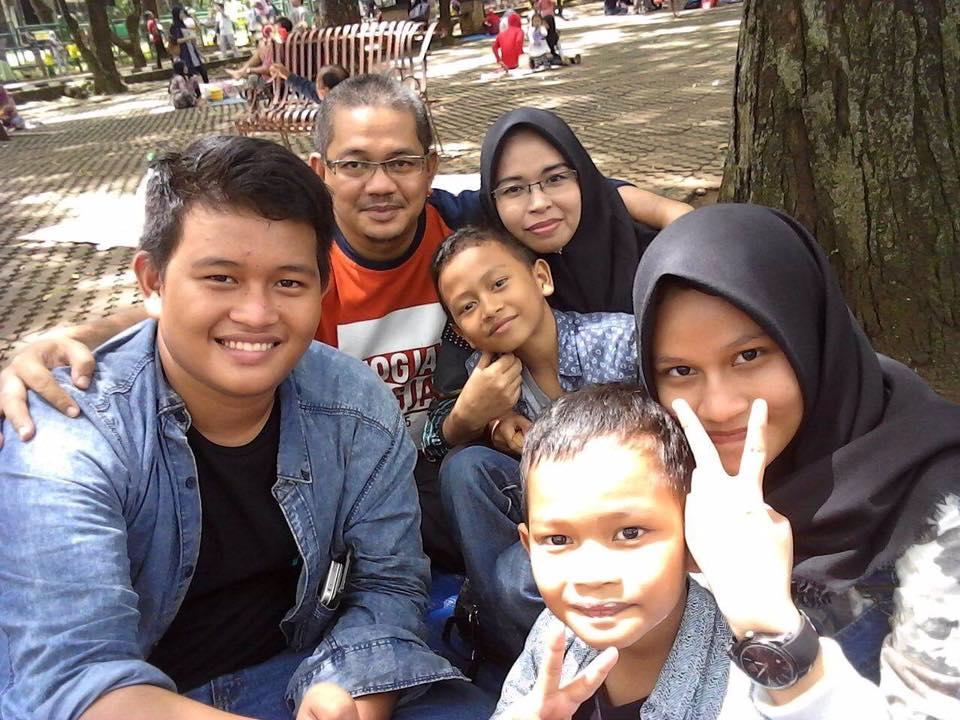 farid_family.jpg